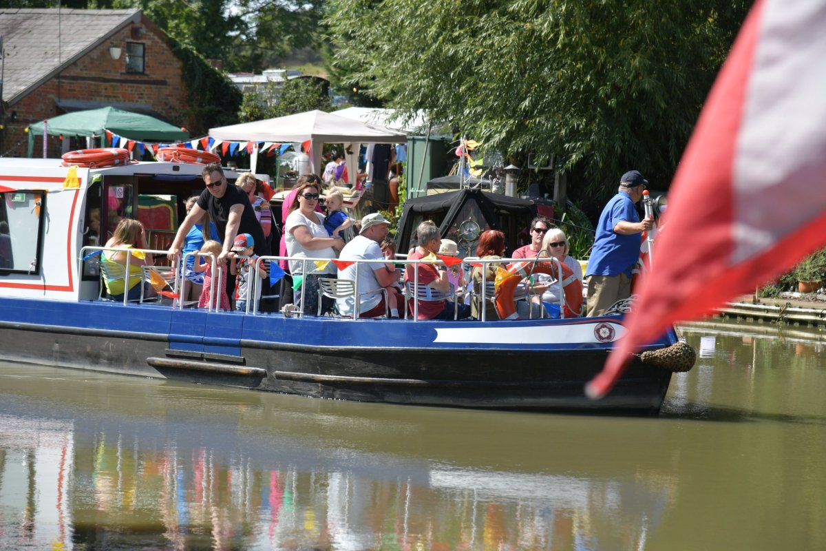 Blisworth canal weekend in pictures